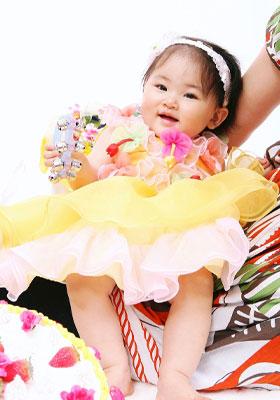 1歳の記念写真